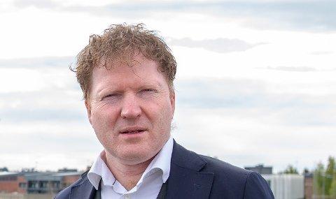 Sigbjørn Gjelsvik (Sp) gir ikke opp kampen mot de strenge retningslinjene staten gir for spredt boligbygging.