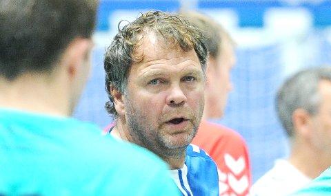 TAR IKKE LETT PÅ DET: Nærbø-trener Rune Haugseng advarer mot en rutinert motstander i søndagens hjemmekamp.