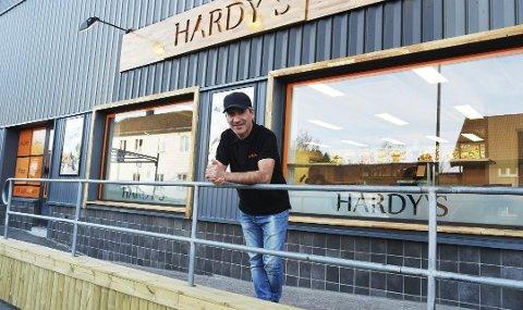 MÅTTE GI SEG: Jalal Gargari måtte kaste inn håndkleet for driften av Hardy's. De ble rammet av brann i 2017, og har ikke kunnet åpne siden.