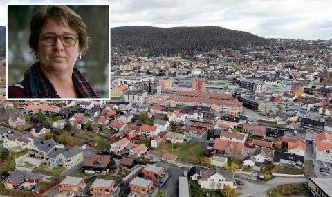 Debatt: De siste dagene har Human Etisk Forbund kritisert forslaget til Just Salvesen om på opprette en stilling som kommuneprest. Lokallagsleder Laila Irene Johansen, mener pengene må brukes til noe annet.