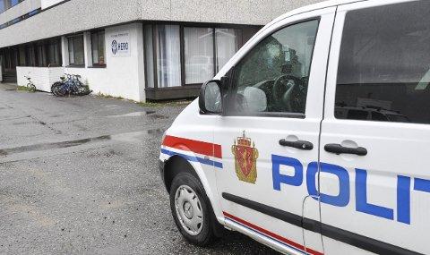 Pågripelse: Politiet rykket ut til Vestvågøy mottak natt til tirsdag etter melding om knivslagsmål. Arkivfoto