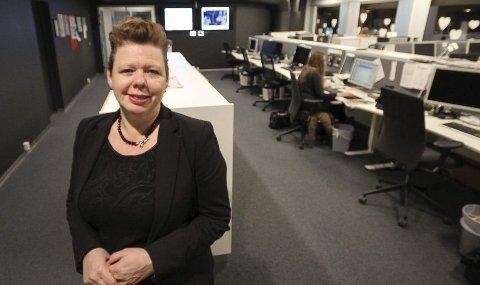 HIVER SEG RUNDT: Fylkesvaraordfører Siv H. Jacobsen har dårlig tid, men vil jobbe hardt for å få statlige arbeidsplasser til Moss.