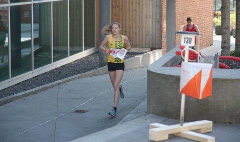 INNFRIDDE: Aurora Gjølsjø fra OK Moss hadde presset på seg, men leverte sitt beste under NM-sprinten i Stavanger sentrum.