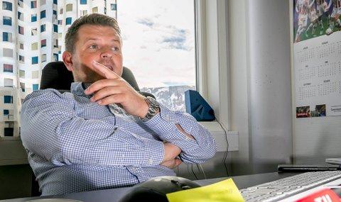 TRENGER PENGER: Daglig leder Kristian Høydal i TIL understreker at årets drift i klubben ser bra ut, men likviditetsmessig har man store utfordringer med å gjøre opp kortsiktige forpliktelser. At en regulering og utbygging rundt Alfheim stadion trekker ut i tid gir TIL som klubb store økonomiske utfordringer.