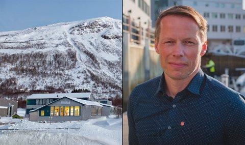 ÅPNER OPP: Ordfører i Kåfjord, Bernt Isaksen Lyngstad, velger å åpnefritidstilbud for alle i kommunen. I I tillegg til svømmeundervisning for skolebarn. Bilde til venstre er fra Oldendalen barne- og ungdomsskole. Foto: Kåfjord kommune/Ap