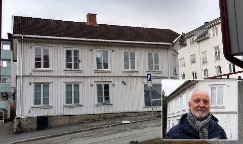 HUSEIER: – Jeg synes synd på den stakkars jenta som nå har ødelagt livet sitt for lang tid framover, sier Tormod Bakke, som eier huset der en leieboer angrep og tok livet av en annen.