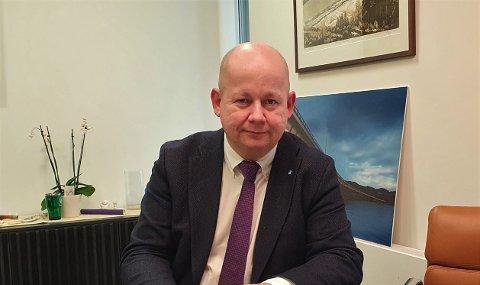 VENTET: - Det var en nødvendighet å få på plass en ny motorvei til Mjøsbrua, men vi må fortsette å kjempe for helhetlig utbygging av riksvei 4 sørover fra mot stortingsbehandlingen, sier Torvild Sveen.
