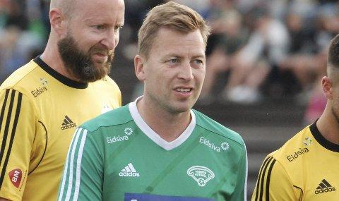 Kobler av med fotball: Hans Kristian Arnkværn har langt på veg dominert det lokale nyhetsbildet en periode, men ikke på grunn av at han er i ferd med å rykke opp med moderklubben Furnes.