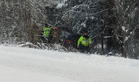 MISTET LAPPEN: Føreren av denne bilen mistet lappen etter å ha kjørt av veien.