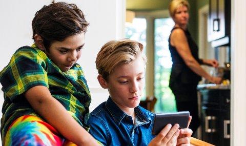 Det er viktig å lære barna nettvett før de begynner på skolen.