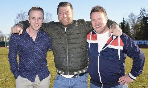 ALFA OG OMEGA: – Det sosiale er alfa og omega for den nye klubben, som er eneste mulige veien å gå, sier Askim FK-trenerne Henrik Strøm (t.v.) og John Roger Giltvedt, samt Korsgård IF-trener Tor Anders Brenno.