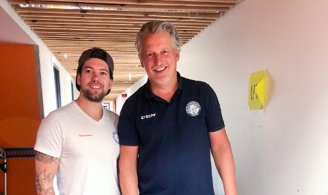 HAR FUNNET TONEN: Loyd Remi Solberg (t.v.) fra Skiptvet startet i fjor opp agentselskap med hockeylegende Ole Eskild Dahlstrøm. Firmaet har nå knyttet til seg nærmere 40 spillere.