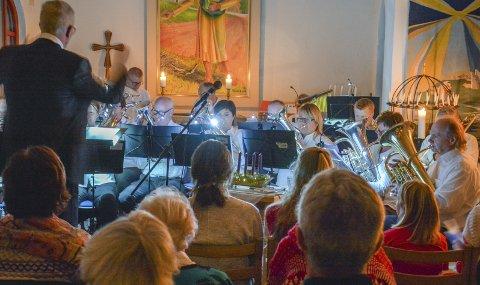 INTIMT: Nesbygda kirke med Nesbygda Brass inviterer til julekonsert. Arkivfoto