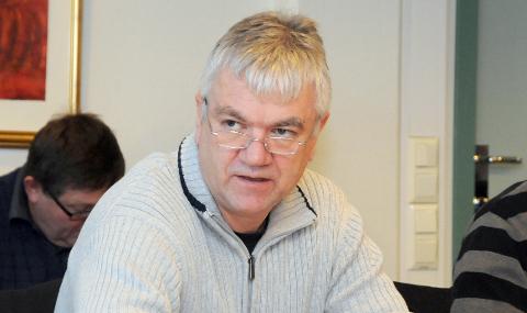 GIR SEG IKKE: Ordfører i Bamble, Hallgeir Kjeldal, jobber videre selv om befolkningsveksten er negativ.