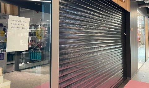 MIDLERTIDIG STENGT: Butikken rakk bare å holde åpent i én dag, før den måtte stenge dørene.