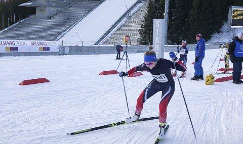 I form: Oda Ertzeid i aksjon i Oslo skifestival i Holmenkollen lørdag. Hun var godt fornøyd med å komme blant «topp-ti».Privat foto