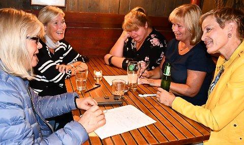 Quiz med Ole André Johnsen er populært i Tvedestrand.