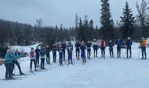 Langløpere. Søndag skal denne gjengen i Valdres Ski gå 52 kilometer på ski fra Beitostølen til Skrautvål, og værvarselet er meget bra.