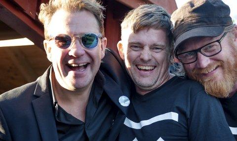 KLARTE DET: Det ble kammermusikkfest i fjor, mot alle odds. Her er Eirik Raude (midten) sammen med Bjarte Hjelmeland (t.v.) som deltok på fjorårets festival, sammen med Frode Larsen.Alle foto: Liv Øvland