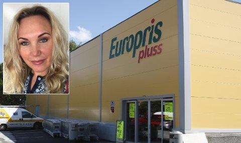 Europris pluss åpner ny butikk i Åsane i morgen. En av mange aktører som utvider eller etablerer nye gigantbutikker i området. Varehussjef Terje Sandnes frykter ikke overetablering i tider med økende rente.