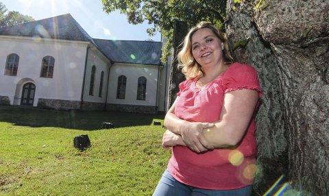 NÆR MÅLET: Elin-Karin Berg stilte I 2015 som kandidat for Åpen folkekirke i kirkevalget. De hadde som sin største kampsak å la også homofile få gifte seg i kirken. Denne uken deltar hun på kirkemøtet som skal vedta liturgi som også skal omfatte likekjønnede ektepar.