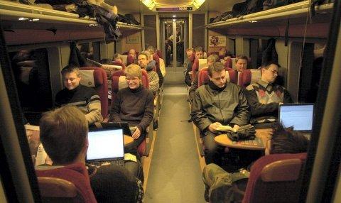 Norsk politimann seiret mot staten. EFTA-domstolen konluderer med at dersom du utfører oppdrag utenfor ditt vanlige arbeidssted skal reisetiden regnes som en del av arbeidet, uansett hvor lite du får gjort på veie.