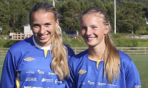 GØY PÅ TUR: Ingrid Marie Bjerkenes Løvold (15) og Susanne Kaspersen (14) spiller for Håkvik, som innledet årets Norway Cup søndag.