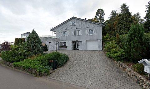SOLGT: Rognestien 13 er solgt for 7.350.000 kroner fra Bjørn Arvid Koppangen og Eva A. Koppangen til Jon Holth Egeberg.