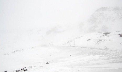 HVITT: Onsdag og torsdag er det sendt ut gult farevarsel for snøfokk i fjellet. Slik ser det ut ved Midtlæger klokken 09 onsdag morgen.