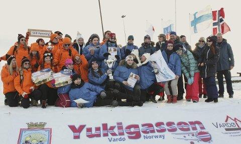 VINNERNE: Førsteplass Team Murmansk. Andreplass 0 promille (Vardø). Tredjeplass Still Rønning (Vardø). Foto: Knut Ramsleth