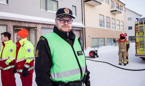 DAMP: Kim Pleym i politet kan fortelle at det har vært damp fra en fyrkjele i Havnegata i Vadsø.