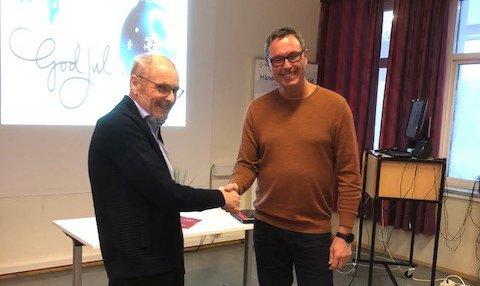 Gunnar Finnerud (leder Vaks) og Stein Are Agledal (klinikkdirektør).