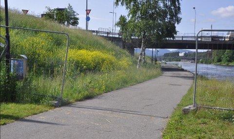 ÅPNES: Gangveien har vært savnet av mange - nå er den endelig tilgjengelig for bruk.