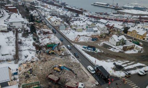 Uforståelig: Arild Svenson kjenner seg ikke igjen i sin politiske motstander Jørn Willes beskrivelse av området Nyquistbyen og hvordan infrastrukturproblemene skal løses. foto: terje holm