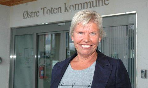 OMSTILLING: - Bærekraften i kommunens økonomi krever omstilling i årene framover, sier Aslaug Dæhlen, rådmann i Østre Toten.