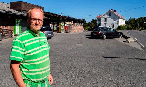 LANG VENTETID: Kjøpmann Svein Håvard Linnerud på Kapp har jobbet med planer for ny Kiwi-butikk i fem år.