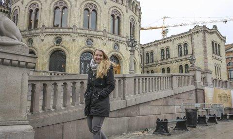 TIL VALG: Ida Lindtveit vet at det vil kreve hard jobbing å sikre Akershus KrF et mandat på Stortinget, men hun er klar for å gjøre den jobben. FOTO: VIVI RIAN