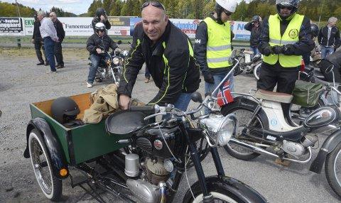 Veteran: Arild Andersen fra Sandefjord med trejulingen Tempo transporter 1966 modell under treffet i fjor. Arkivfoto: Bjørn-Tore Sandbrekkene