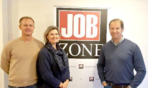 HEDRE ILDSJELER: Jobzone i Larvik trenger din hjelp til å finne frem til verdige vinnere av Jobzone-prisen i ditt nærmiljø – kjenner du noen som hjelper andre og som fortjener en takk og en pengegave for innsatsen de gjør?