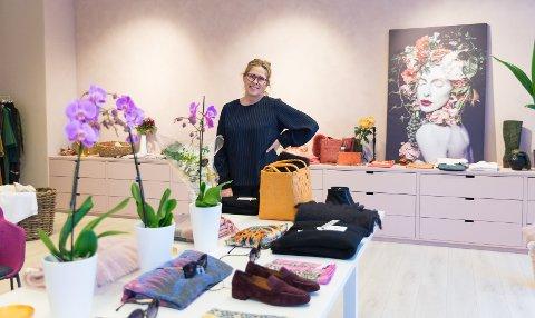 FORNØYD: – En fin start i nye lokaler, sier Undis Larsen Stavseng hos butikken «O Happy Day».