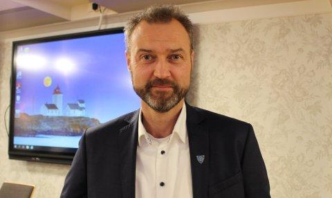 LEDER: Kommunedirektør Bjelkemyr-Østvang må forklare.