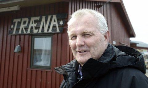 Daglig leder Geir Sjøset i Modolv Sjøset AS frykter at Træna kan miste 150 innbyggere på kort tid om ikke føringstilskuddet opprettholdes.. Foto: Øyvind Bratt