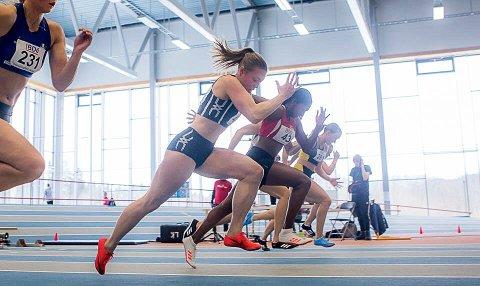 Vilde Gjesbakk løp inn til 3. plass på 200 meter og 4. plass på 60 meter under helgens UM innendørs i Steinkjer.