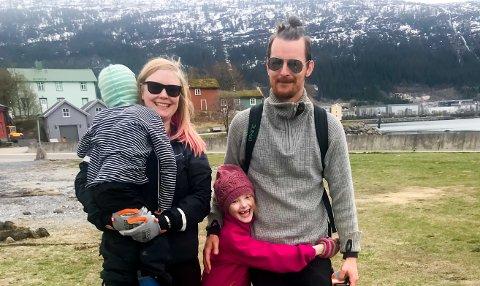 Patrick, Axel og Aini Nilssen og Caroline Andersson deltok i ryddingen.
