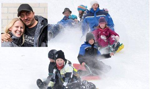 VINTERLEK: Jevnakerparet Kristian og Monica og resten av rednecks-gjengen inviterer til vintermoro på Myrskogen.