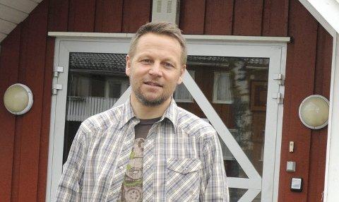 FØLGE OPP: Morten Eikenes, foreldrekontakt ved 10. trinn på Haugsbygd ungdomsskole, mener skolen og foreldregruppen nå må gjøre det de kan for at elevene på ungdomsskolen skal få en så god skolehverdag som mulig.