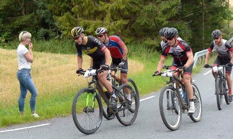 Tetgruppen ved Aasrum. Fra venstre: Ken Levi Eikeland (16), Torjus Bern Hansen (11) Christian Amdahl (12), Marius Blålid (8) og Per Kristian Kirkhus (1).
