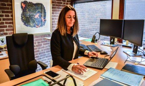KOMMUNALSJEF: Kristin Flåtten har vært konstituert i stillingen som kommunalsjef for kunnskap, barn og unge siden 1. april. Hun ønsker stillingen på fast basis.