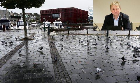 BEKYMRET: Pål Morten Borgli er ikke optimist med tanke på å bygge et nytt sjøbad under dagens forhold.