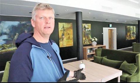 Tord Laeskogen driver et av landets største kurs- og konferansehotell. Han sier Bjørn Nythun og hans produkter har vært til uvurderlig hjelp under pandemien. Nå har han engasjert seg for å få svar på hvorfor produktene ble stoppet.